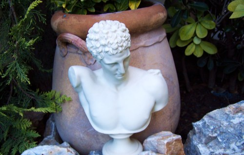 Hermes and Contemplative thoughts in the Garden